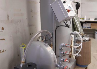 1 pompe à vide pour l'infusion et le moulage fermé