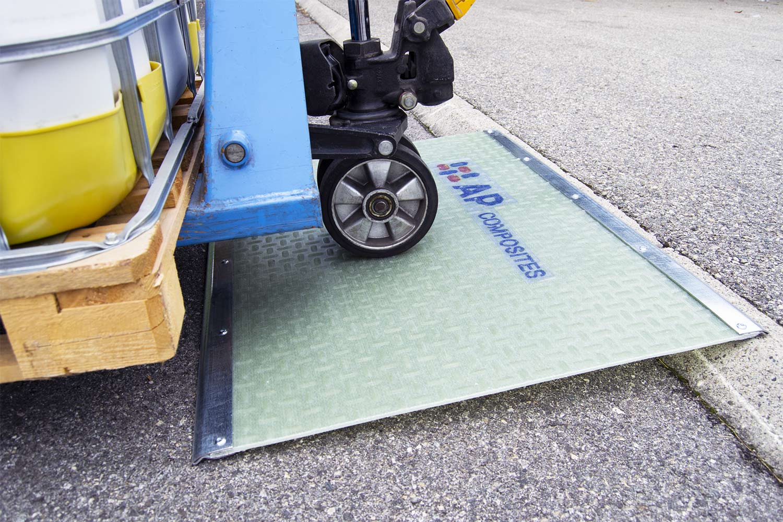plaque de trottoir composite